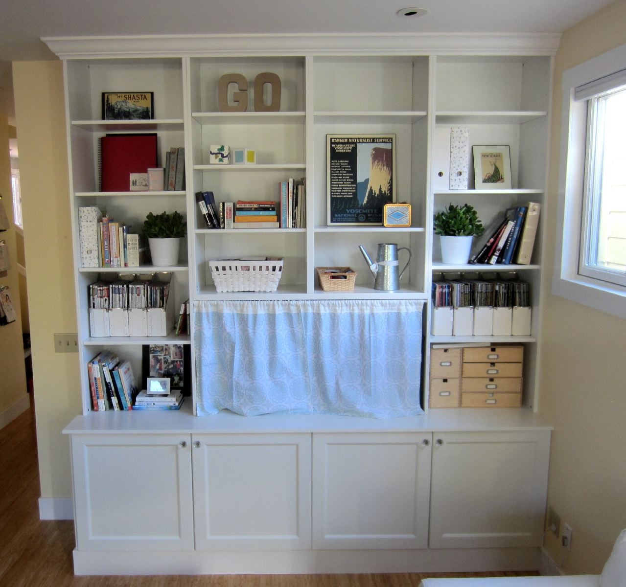 IKEA Hack 2: Besta Built-In Family Room TV Bookshelf | Shirley