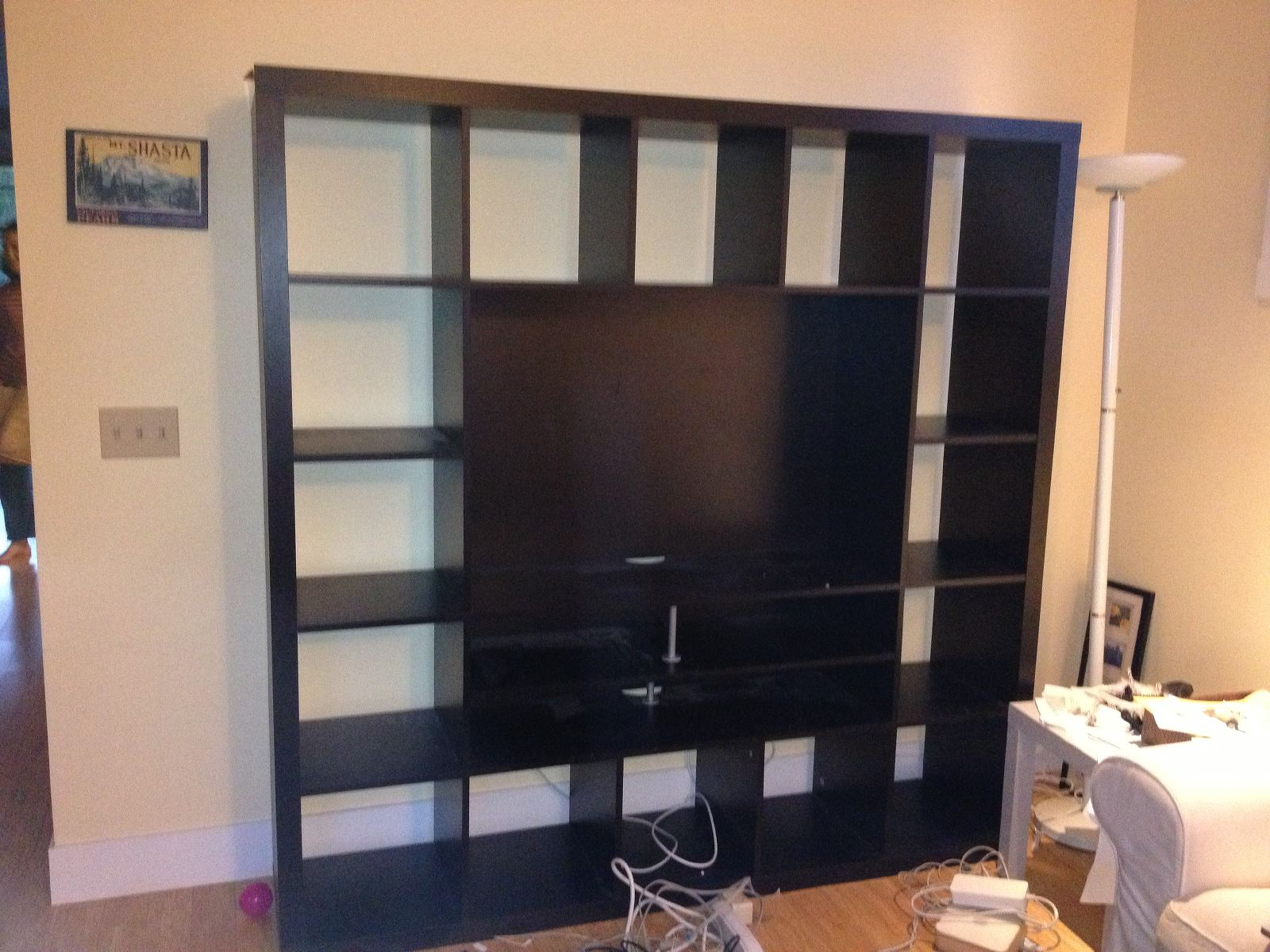 ikea hack 2: besta built-in family room tv bookshelf – shirley