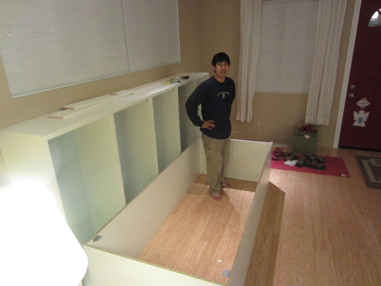 DIY: Built-ins using IKEA Besta shelves and Pax wardrobes ...